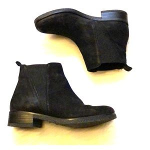 Barely worn Black suede Chelsea Boots